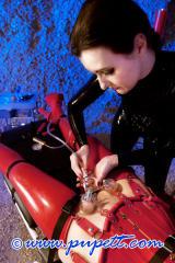 NEON ART girl Hanna skin torture